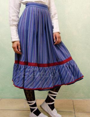 Falda modelo Xirolarru