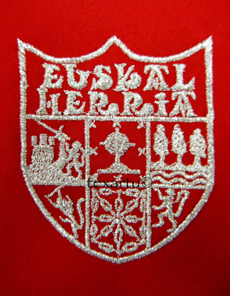 escudo euskal herria bordado