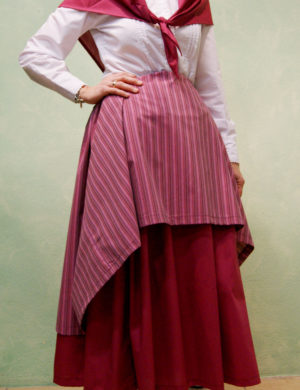 conjunto traje casera falda sobrefalda rosa