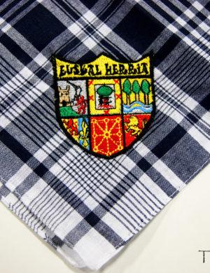 Pañuelo bordado Euskal herria